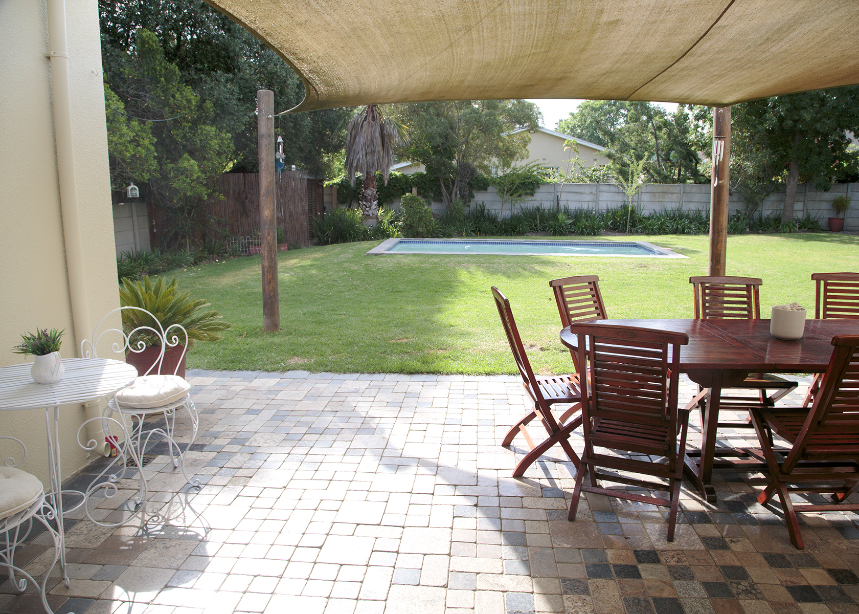 A Knight's Stay - Somerset West - Image 15
