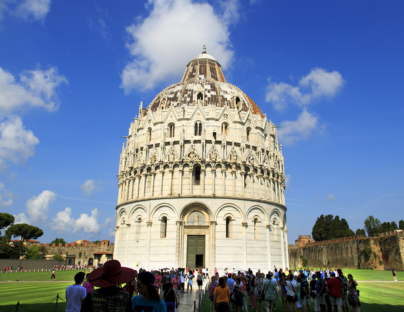 A Leaning Tower And A Pisa Pizza - Image 20