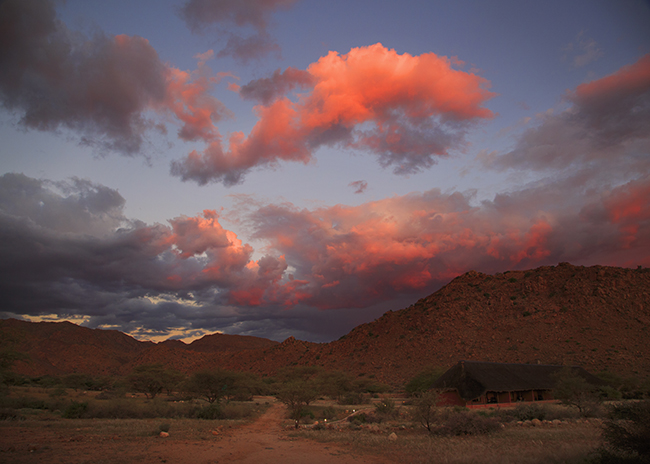 Driving Dirt Roads, Dunes And Deserts - Image 21