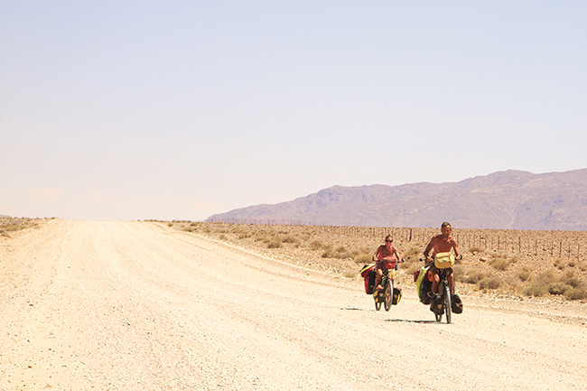 Driving Dirt Roads, Dunes And Deserts - Image 4