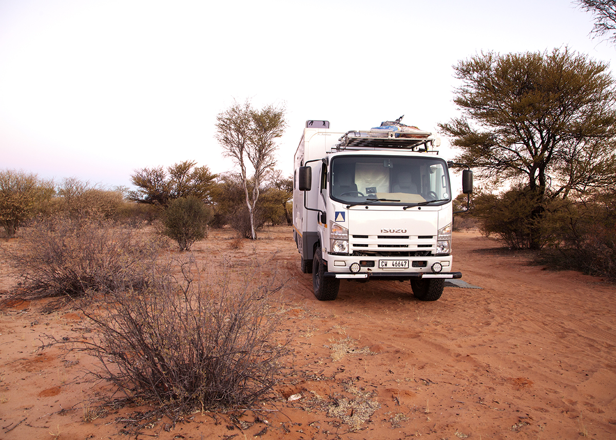 The Fab Four Conquer The Kalahari - En Route to Mabuasahube - Image 21